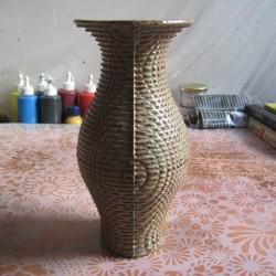 Vase 02