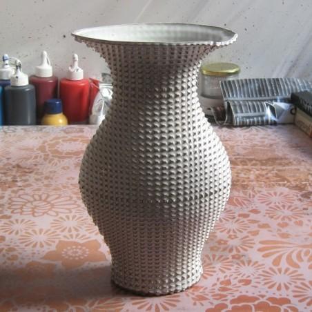 Vase 03